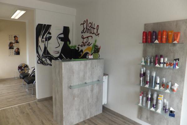 Salon-Rundgang - Schnitt&Farbe, Friseur-Salon, Bad